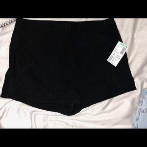 NWT papaya black shorts